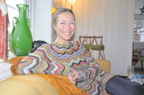 Gestaltterapeut Christina Mjellem sier at det er lov til å stresse ned litt i jula.