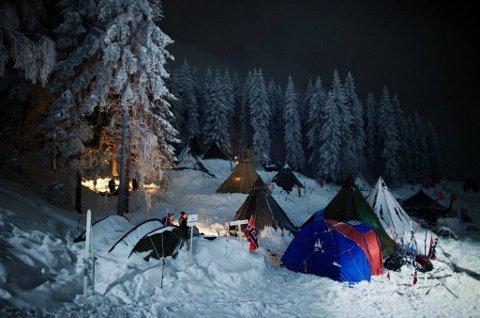 Ikke noe problem å sove ute, bare man kler seg godt. Bildet er hentet fra Holmenkollen under ski-VM i 2011.