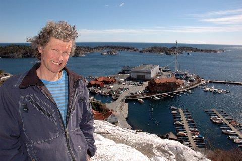Knut henning Thygesen fikk flertall for sitt forslag om at det bare skal være boliger og næringsbygg på Holmen.