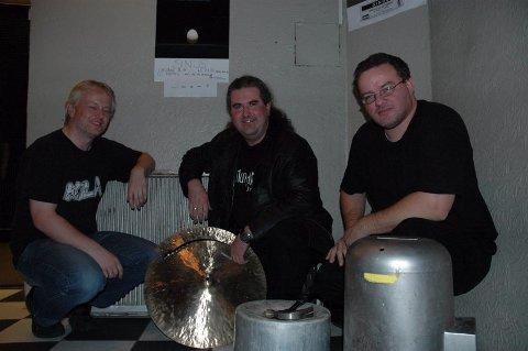 Tilbake. Ronny Wærnes (f.v), Lars Nikolaysen og Tore Stemland i Psykisk Tortur varmet opp for Lisa Dillan.