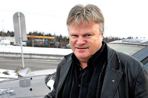 DÅRLIG GJORT: William Kristoffersen fra Råholt har svært lite til overs for hvordan dansebandene blir behandlet av TV 2 under spellemannshowet.  FOTO: MORGAN ANDERSEN