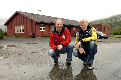 SAMARBEID: Vegard Kristiansen (t.v.) i Halsøy Ski og Jens Berget i Mosjøen og Omegn Cycleklubb samarbeider igjen om sykkelritt. (Foto: Per Vikan)