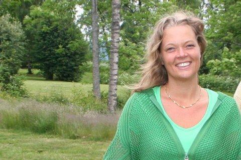 FORNØYD: Feiring skole fikk de beste resultatene i ungdomsundersøkelsen i Eidsvoll og Hurdal. Det er assisterende rektor Hanne Jevnaker svært glad for.