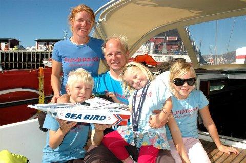 Hjemme igjen. Etter fire hundre dager på tur, returnerte familien Limstrand/Paulsen til Bodø med båten full av inntrykk.