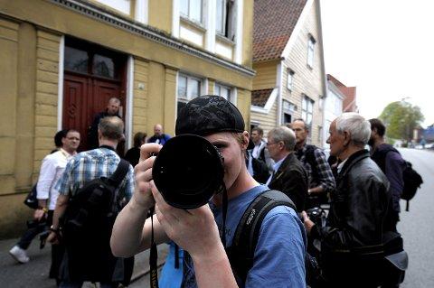 Ved Klosteret var der en stopp for å se på portrettfotografering.