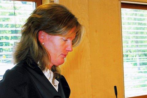 BISTANDSADVOKAT: Advokat Runa Elin Kosberg er utnevnt som  bistandsadvokat for jenta. FOTO: KNUT INGAR HJERTAAS
