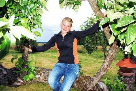 FRISK: Helene Strøm takker hestesporten for at hun har kommet seg på beina etter sykdommen ME.
