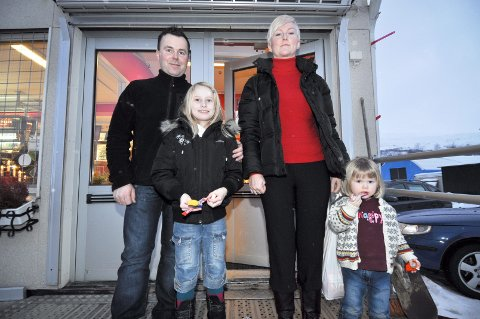 Ørjan Bech, Elise Bech, Martine og Malin Bech koste seg i Sverige.