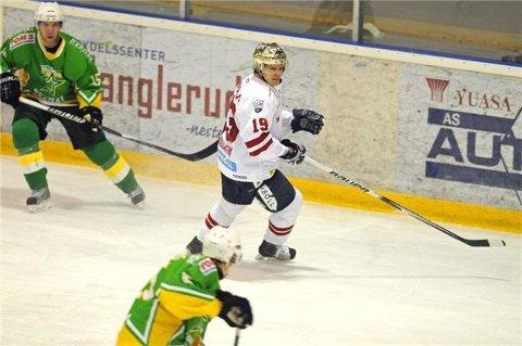 Tomi Pöllänen tegnet seg ikke på scoringslisten søndag, men fikk utdelt prisen for Get-Ligaens beste spiller i desember, etter seieren over Manglerud Star søndag