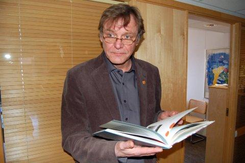 Det er ingen grunn til at personer med psykisk utviklingshemming ikke skal eie sin egen bolig, og boken viser at det går utmerket godt an, sier leder Jens Petter Gitlesen i Norsk Forbund for Utviklingshemmede.