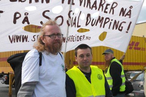 STOR STREIKEVILJE: Ole Sverre Wiker (t.v) og Tom Arild Knapkøyen har fortsatt stor streikevilje. FOTO: VIDAR SANDNES