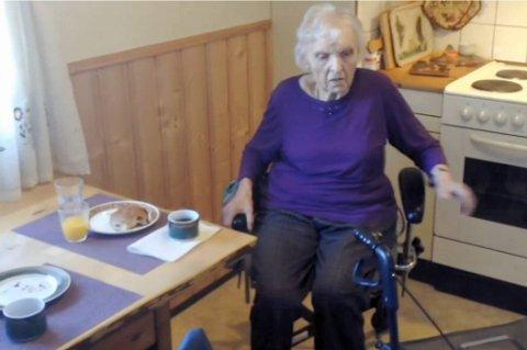Mannen Tordis har vært gift med i 64 år ble sendt på sykehjem tidligere i år. Hun savner ham. Men henne er det ikke plass til der.