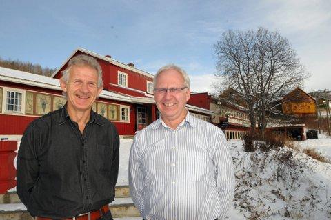 FAMILIEBEDRIFT: Grønolen Fjellgard med brødrene Tor Erik (t.v.) og Øyvind Grønolen har for lengst tatt i bruk miljøvennlig teknologi. Nå er bedriften sertifisert etter Miljøfyrtårn sine krav, som den første reiselivsbedriften i Valdres. FOTO: INGVAR SKATTEBU
