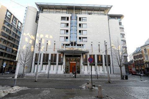 Terrorsiktede Anders Behring Breivik skal få anledning til å fortelle detaljert om hvordan han utførte terrorangrepene når rettssaken starter.