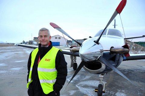 DAT-direktør Jesper Rungholm på turne i Lofoten etter at hans selskap ble tildelt flygingene mellom Bodø og flyplassene i Lofoten og Narvik.