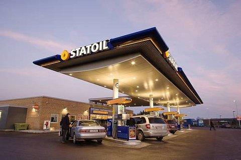 Vi foretrekker fortsatt diesel framfor bensin.
