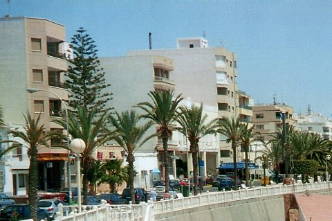 Drommer du om en leilighet på den spanske solkysten. Da bør du kanskje slå til nå. Prisene er nesten halvert.