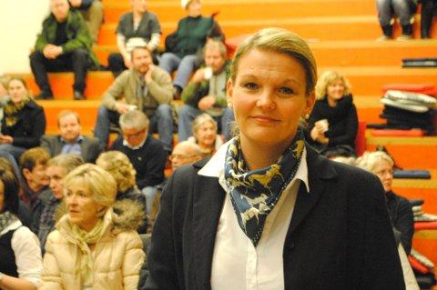 Spent. Virksomhetsleder i oppfølgingstjenesten psykisk helse og rus i Bodø, Lena Breivik, hadde store forventninger før folkemøtet på Rønvik skole.