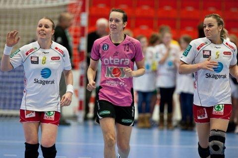 Landslagsvenninner: Karoline Dyhre Breivang, Kristine Lunde-Borgersen og Isabel Blanco. (Foto: Peder Torp Mathisen)