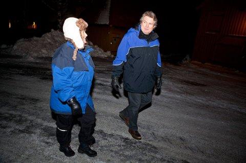 Målsettingen er å gå fra tjukkas til kjekkas innen juni måned. Hallstein Bast og andre politikere har tatt utfordringen fra Ann-Kristin Aanstad, og inviterer nå til gåturer rundt om i distriktet. (Foto: Peder Torp Mathisen)