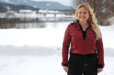 Anita Hegerland skal holde 40 konserter i Norge i år, for å markere sitt 40-årsjubileum som artist. Og det hele spilles i gang i Modum kulturhus.