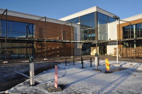 Dette er nye Töcksfors Handelspark  5,5 km fra norskegrensen. Senteret åpner 29. mars i år.