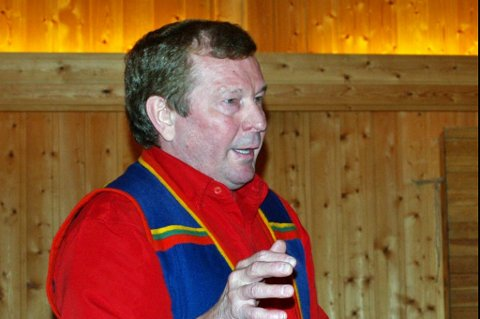 Sametingsrepresentant, Åge Nordkild, får ikke jobbe gratis for Sametinget.