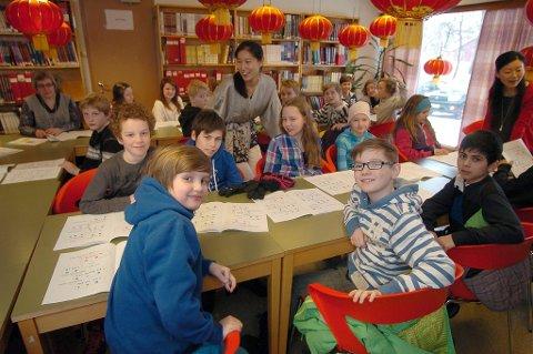 Elever fra Skistua og Frydenlund lærer  kinesisk Vinterfestuka 2012
