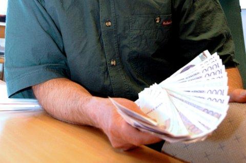 SNITTLØNN: Den norske snittlønna har økt til 453.000 kroner.