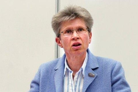 Kristina Landsverk advarer mot å ta løshunder med seg hjem fra ferie.