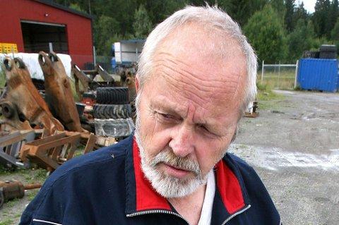 RINGER POLITIET: Åsmund Ottershagen, leder i Skedsmo Skytterlag.