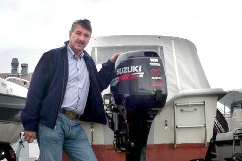 Stortingsrepresentant Kenneth Svendsen (Frp) vil fjerne hestekreftavgiften på båtmotorer.