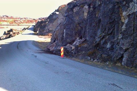 Denne blokka raste ut ved Akkarfjordneste på riksvei 94.