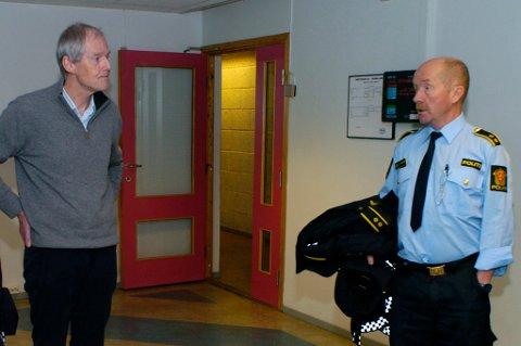 Rektor Tore Midtbø og politioverbetjent Arne Erik Håkonsen. (arkivfoto)
