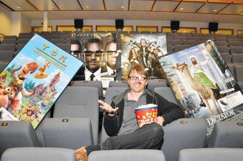 Kulturhus- og kinosjef Øyvind Christensen har all grunn til å kaste rundt seg med popcorn av ren glede over positive kinotall i 2011. Særlig når utviklingen fortsetter også i år.