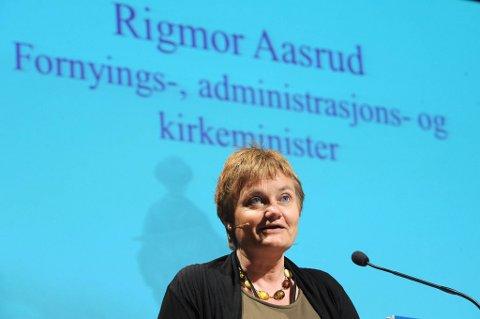 Statsråd Rigmor Aasrud sier streikeuttaket er veldig ansvarlig.