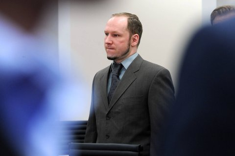 Anders Behring Breivik snakker om sine Liberia-kontakter.