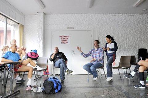 Tar over: Are Ruud (mot høyre) skal trene Fram-damene gratis kommende sesong i tillegg til å trene herrelaget.