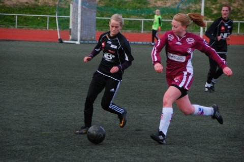 Eline Haakestad og LFK J19 bokførte sesongens andre seier hjemme mot Sortland i kveld.