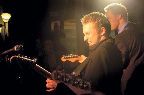 NYTT BAND: Stian Borgen, Stian Haslie og Vetle Larsen fra Bedrock Bluesband utforsker souluttrykket med det nye bandprosjektet Easy Avenue. Nå er bandets første video ute og sirkulerer på verdensveven.