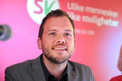 SV-leder Audun Lysbakken la fram partiets plan på en presekonferanse onsdag.
