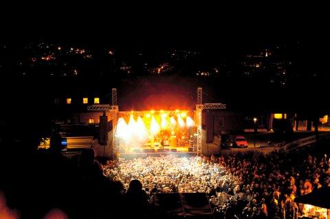 FESTNINGSKONSERTEN: 7. juli er det klart for ny Festningskonsert i Kongsvinger. Her fra CC Cowboys opptreden under festivalen i 2011.