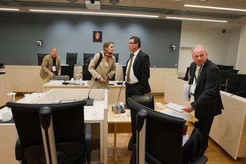Psykiaterne Agnar Aspaas og Terje Tørrissen forklarte seg i Oslo tingrett tirsdag. På bildet seg vi også det andre psykiaterparet, Torgeir Husby og Synne Sørheim.