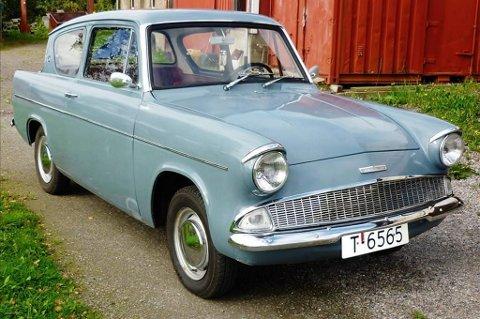 Lett gjenkjennelig: Ford Anglia 1962 modell er lett gjenkjennelig på grunn av bilens noe spesielle utforming.