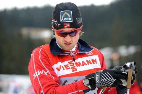 Petter Northug har skrevet kontrakt med landslaget til 2016.