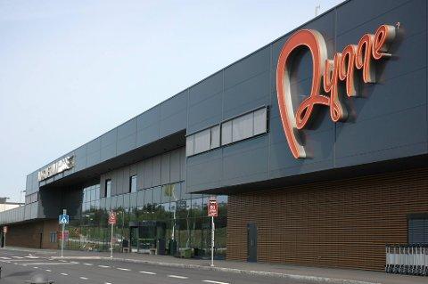 Flyplassene på Rygge og Torp stengt.
