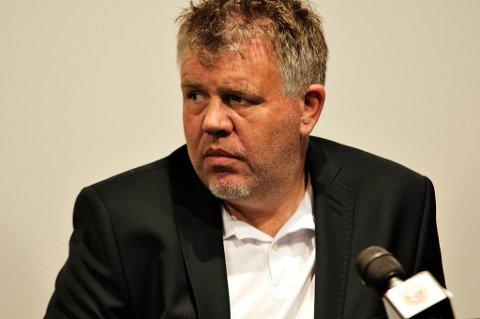 Generalsekretær Kjetil Siem i Norges Fotballforbund ønsker ikke å kommentere NRKs opplysninger om at tre nye kamper skal være under mistanke om kampfiksing.