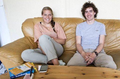 Armando (23) og Silvia (20) er i Bergen i to dager. De bor gratis på madrasser i stuen til en fremmed.