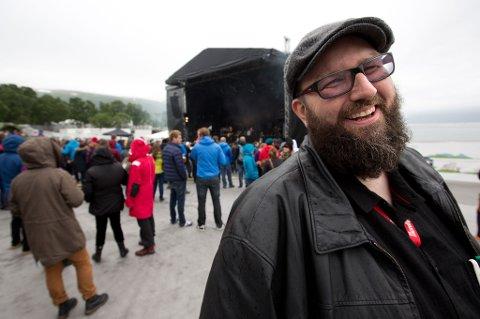 Robert Dyrnes gir seg som sjef for Buktafestivalen.