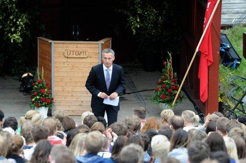 Statsminister Jens Stoltenberg deltok under minnemarkeringen på Utøya.